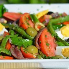 У США близько 200 осіб отруїлися салатом