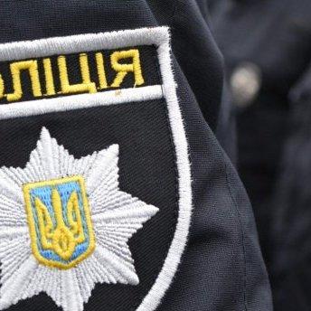 В Одещині на виборчій дільниці люди побились з поліцейськими