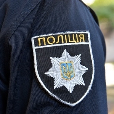 На Житомирщині мати знайшла у хаті тіло сина-підлітка та дівчини
