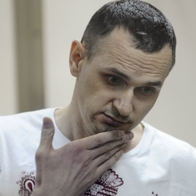 Російський режисер після зустрічі з Сенцовим: він не зломлений і готовий іти до кінця