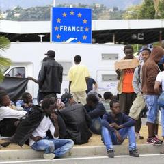 Данія і Австрія хочуть висилати біженців у країни Європи, що не входять до ЄС