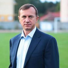 Мер Ужгорода захотів збільшити свою зарплату вдвічі, але депутати не дали