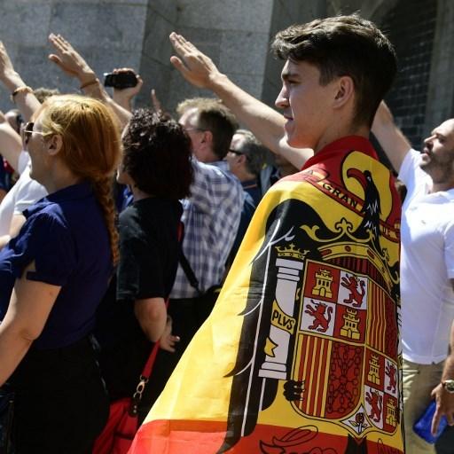 В Іспанії протестували проти виносу останків диктатора Франко з мавзолею