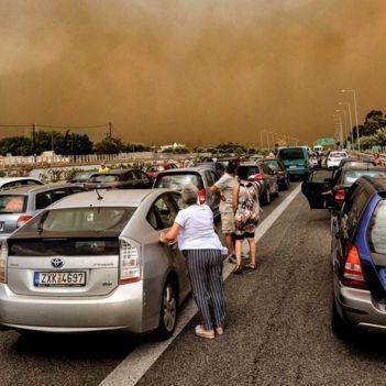 Пожежі у Греції забрали життя 24 людей, понад 150 постраждалих