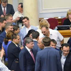 У парламенті хочуть, щоб депутатів не знімали без їхньої згоди