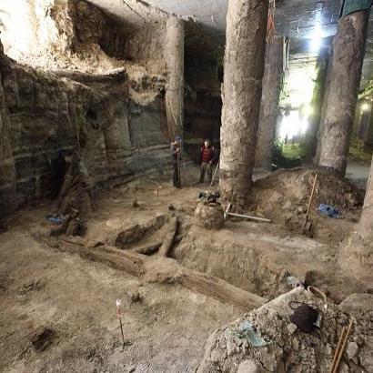 Інститут археології України: Без укріплення ділянки, проводити будь-які роботи на Поштовій площі - небезпечно