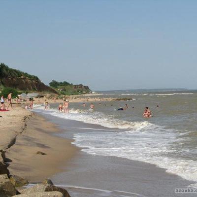 Біля Бердянська 18-річна дівчина з дитиною пішли купатись та не повернулись