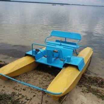 На озері Світязь під час катання на катамарані потонули жінка з дитиною