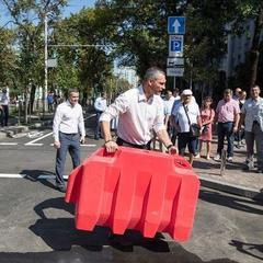 Кличко відкрив вулицю Леонтовича після капітального ремонту