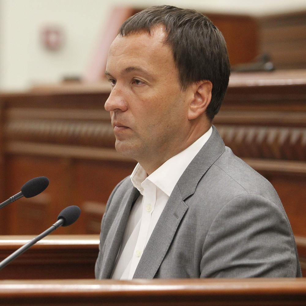 Київ досяг згоди з Кабміном про відновлення постачання гарячої води киянам