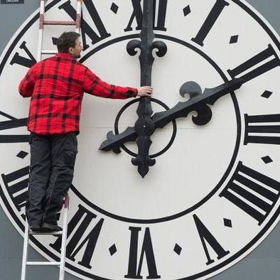ЄС скасує переведення годинників на літній і зимовий час