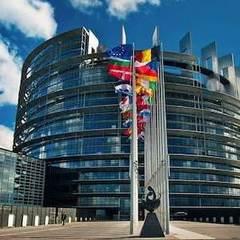 Європарламент підтримав введення санкцій проти Угорщини