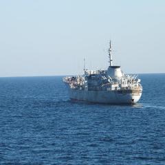 Кораблі ВМС України йдуть в Азовське море через Керченську протоку – ЗМІ