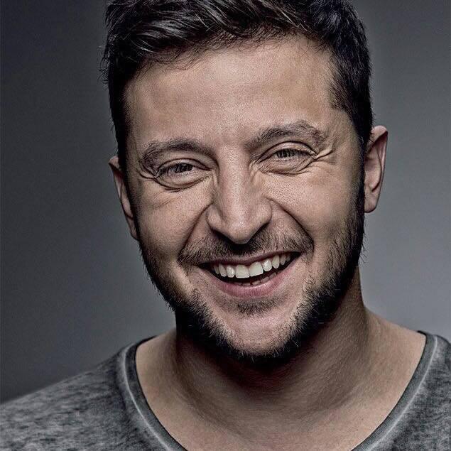 Відповідь нардепу Барні: Зеленський запустив флешмоб #ідітьусра** (відео)