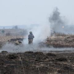 Минулої доби на Донбасі було поранено двох українських військових