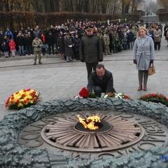 У Києві вшанували пам'ять загиблих у військових конфліктах (фото)