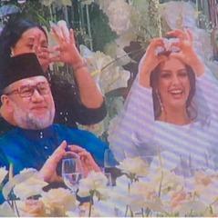 «Міс Москва» вийшла заміж за короля Малайзії (фото)