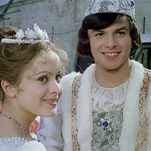 Вогні ялинки у центрі Праги запалить актор, який зіграв принца у фільмі-казці «Три горішки для Попелюшки»