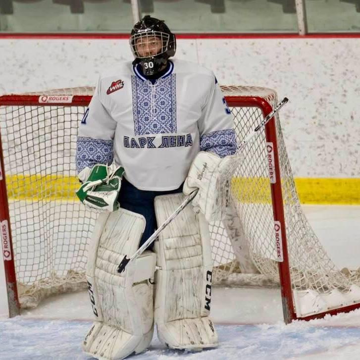 Канадські хокеїсти вийшли на лід у вишиванках (відео)