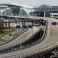 У Москві аеропорт Шереметьєво назвуть іменем поета