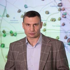 Кличко вимагає від депутатів Київради розірвати договір зі скандальним забудовником на Осокорках
