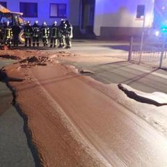 У Німеччині близько тонни шоколаду розлилося вулицями через аварію на кондитерській фабриці