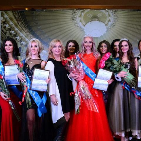 Королевою краси «ДНР» стала дівчина з підконтрольної Україні території