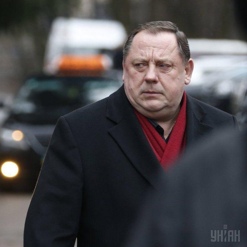 Пішов з життя скандальний екс-ректор Податкової академії Петро Мельник