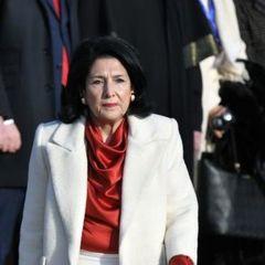 У Грузії набрала чинності нова Конституція, народ більше не обиратиме президента