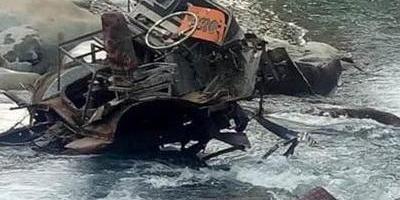 У Непалі автобус зі студентами впав в ущелину: 23 загиблих, багато постраждалих