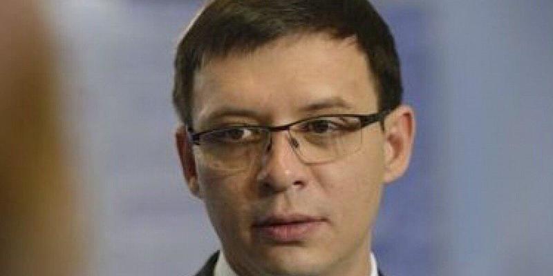 Прихильникам Мураєва відмовили у в'їзді в РФ тому що їх лідер доносить в СБУ, - блогер