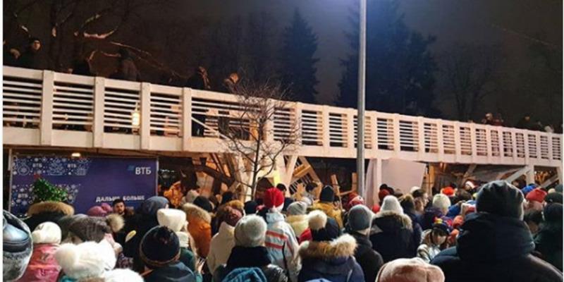 У Москві в новорічну ніч обвалився міст, постраждали 13 осіб