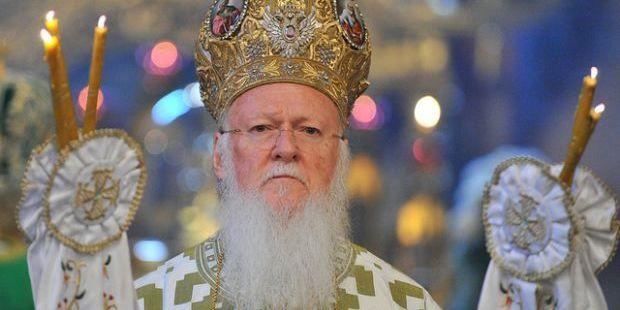 Історична подія: Варфоломій підписав Томос про автокефалію Православної церкви України