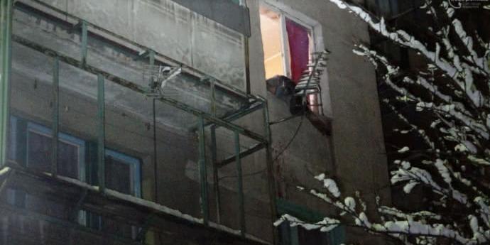 Вибух у квартирі в Маріуполі: є загиблі (фото)