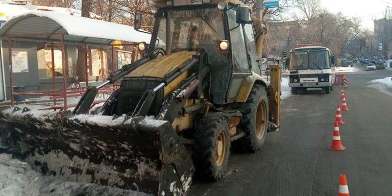 В Києві випробовують дві снігоплавильні установки, що дозволять ефективніше розчищати місто