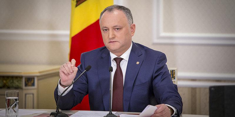 Додон поскаржився Медведєву, що санкції РФ проти України вдарили по Молдові