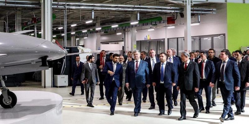 Українська армія отримає турецькі ударні безпілотники - Порошенко