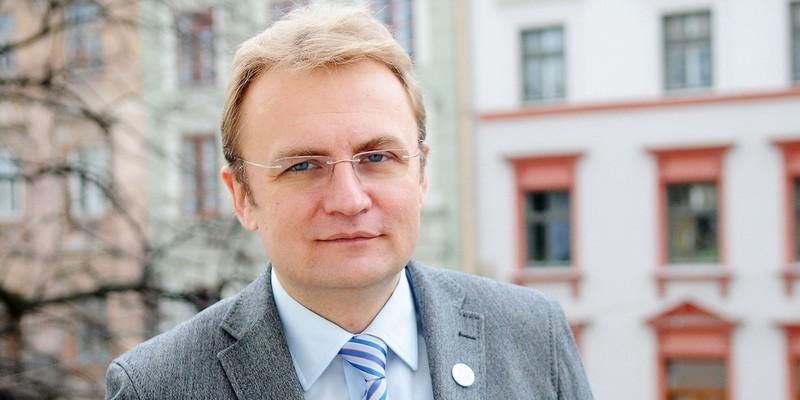 Садовий заявив, що за ним стежать спецслужби