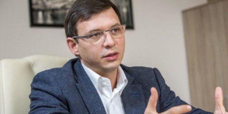 Почавши підігравати СБУ,Мураєвдуже символічно отримав кандидатське посвідчення №6, - блогер