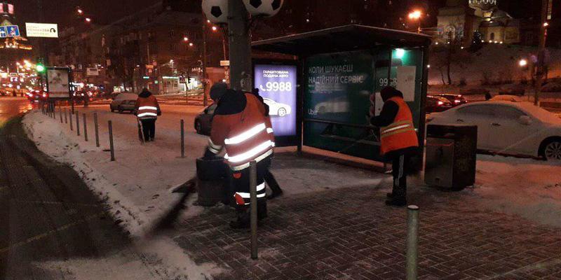 Після «прочухана» Кличка комунальники за одну ніч ідеально прибрали Київ від снігу, - блогерка