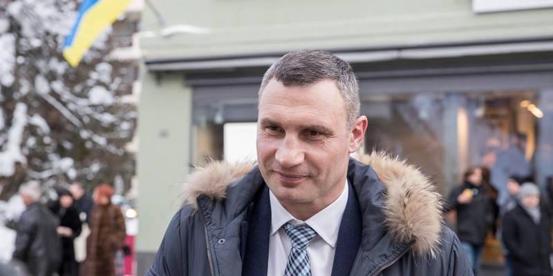 Віталій Кличко госпіталізований із загостренням старої травми спини