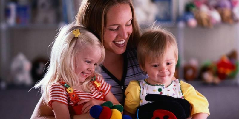Муніципальна няня: як працює проект підтримки батьків
