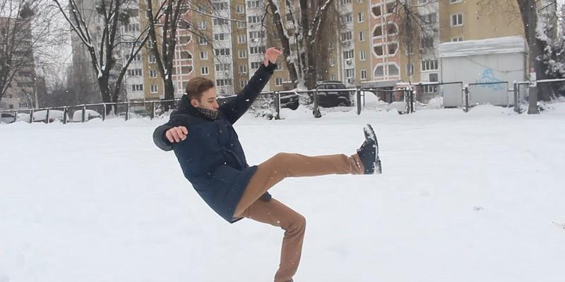 Українцям розповіли, як отримати компенсацію за травми через неприбраний сніг