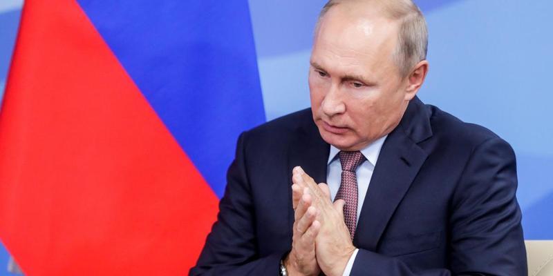 Путін заявив, що Росія готова захищати віруючих в Україні