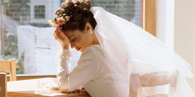 У Дніпрі дівчина вийшла заміж сама за себе