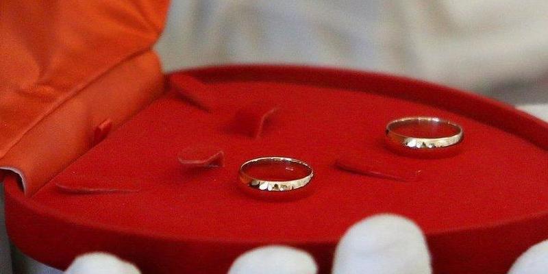 У День закоханих приймати заяви на шлюб і реєструвати його будуть до кінця доби