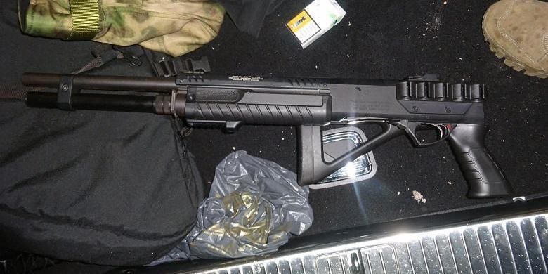 У центрі Києва чоловік відкрив стрілянину з рушниці