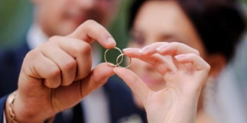 У центрі Києва в день Валентина відкриють нову локацію «Шлюбу за добу»