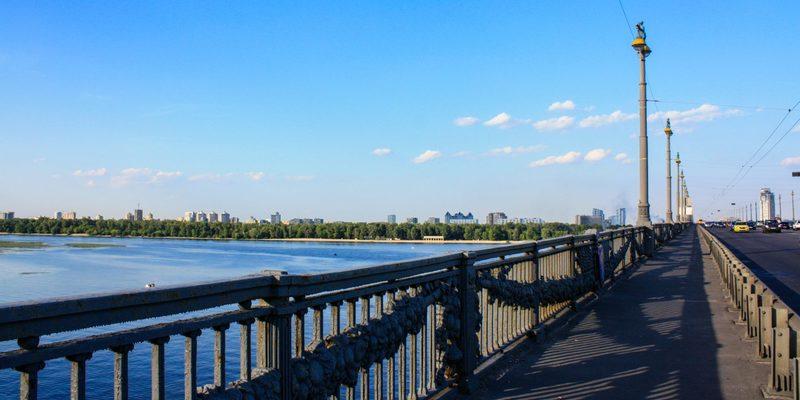 У Києві тимчасово закриють міст Патона
