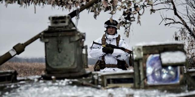 У ЗСУ показали відео знищення позицій бойовиків (відео)